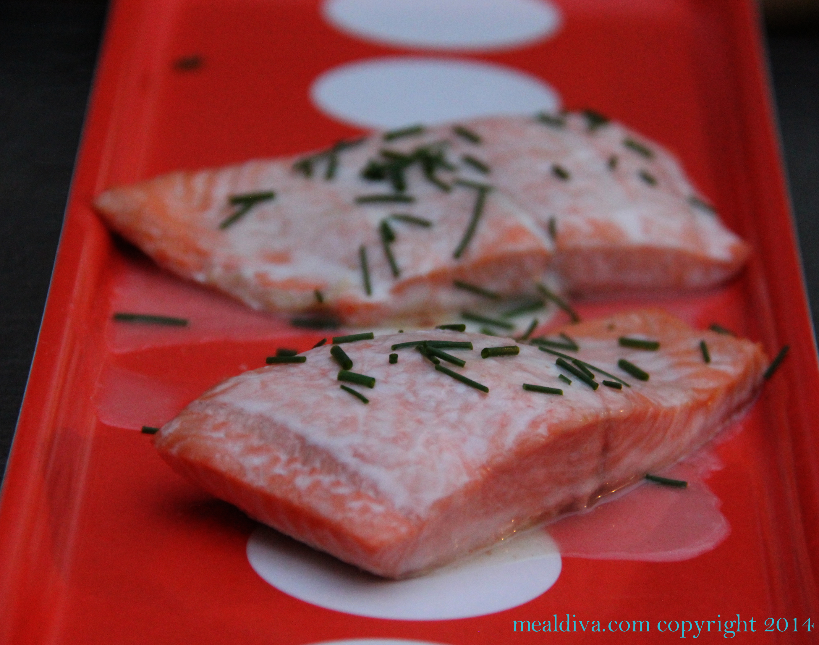 Easy Salmon in White Wine Sauce