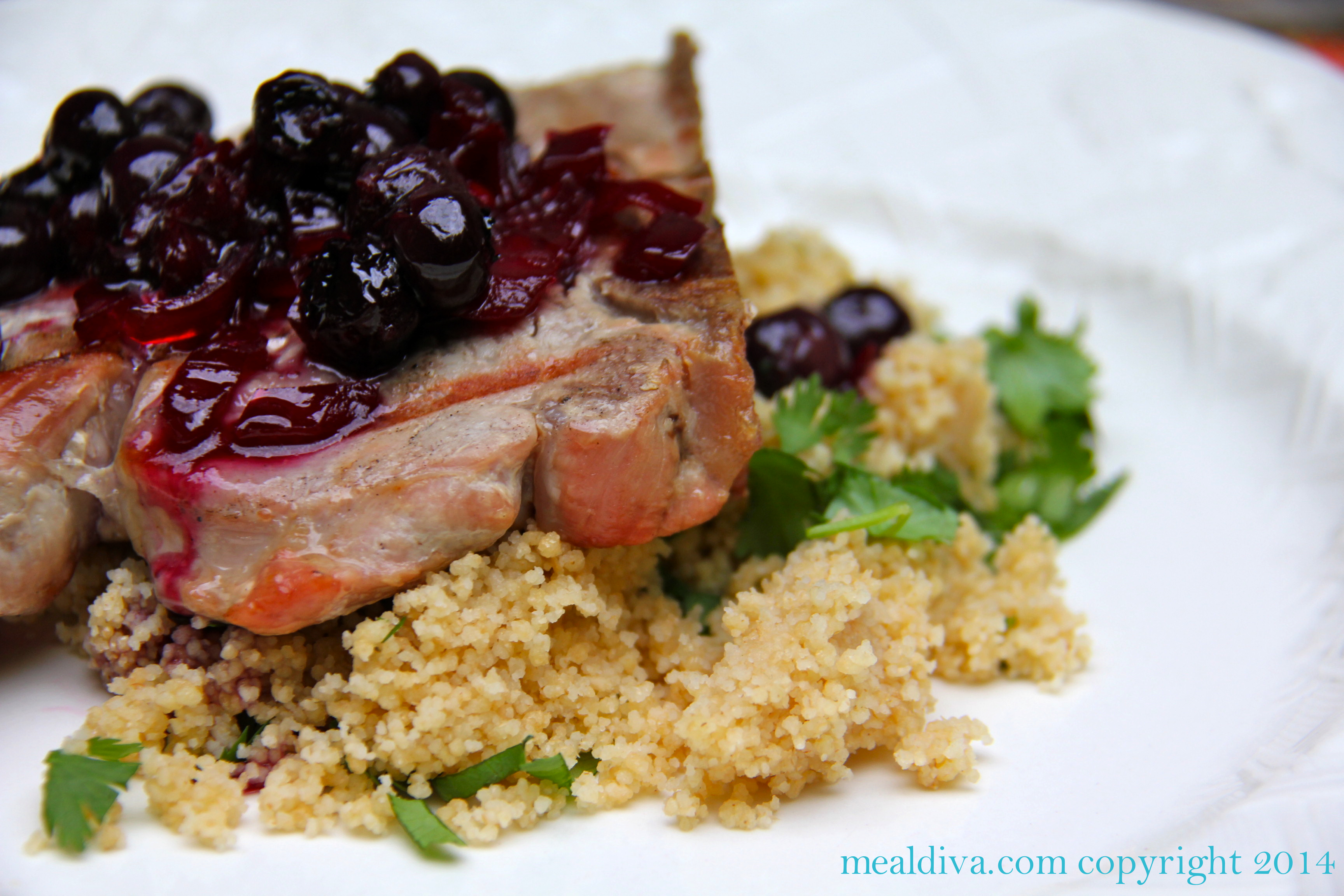 Blueberry Pork Chops #SundaySupper #ChooseDreams
