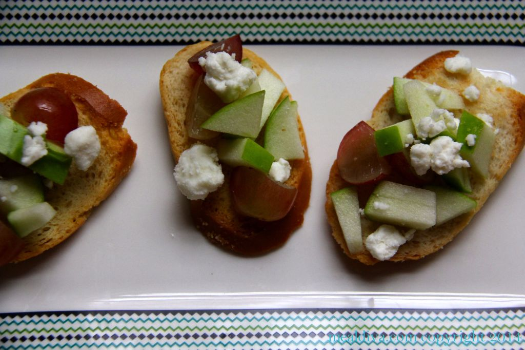 apple grape goat cheese