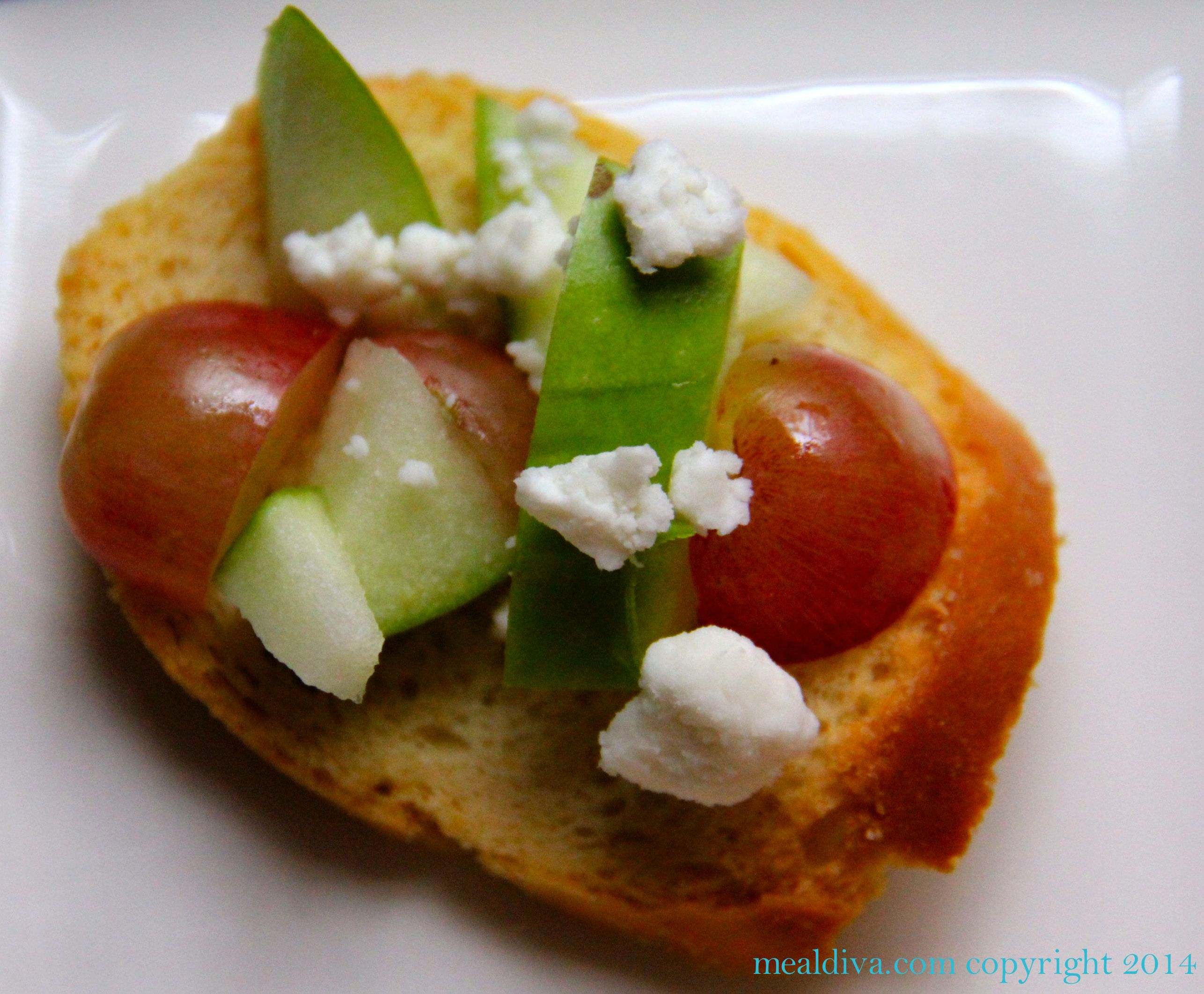 Apple, Grape & Goat Cheese Crostini's