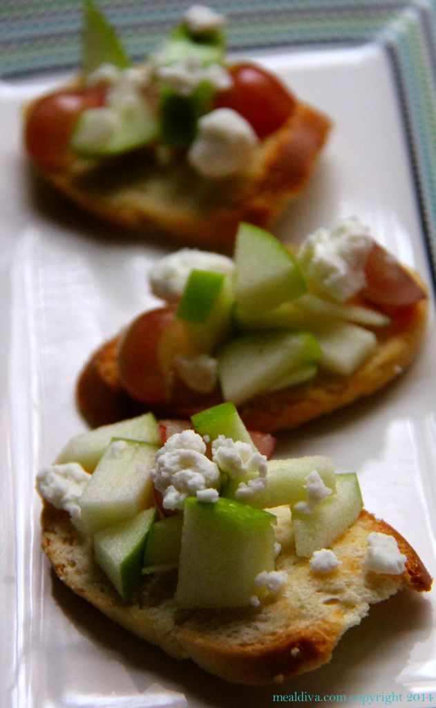 apple grape goatcheese