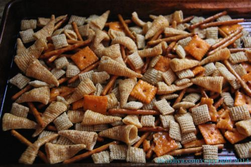 reindeer snack mix 2