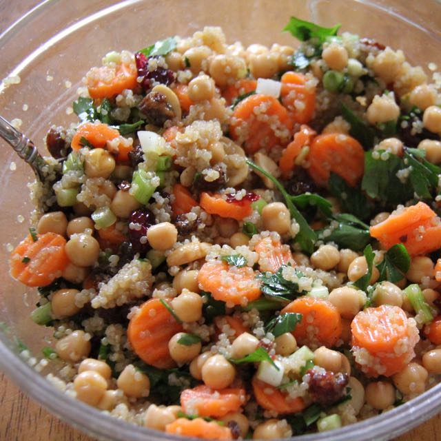 Chickpea power salad