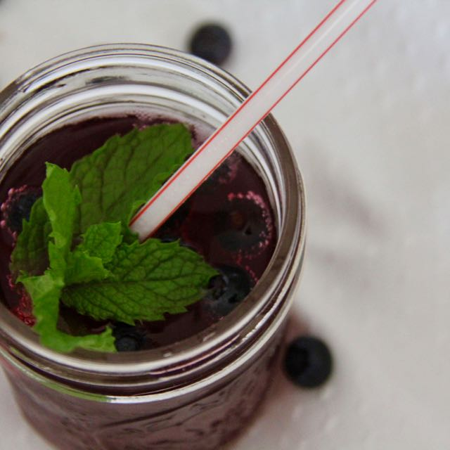 blueberry mocktail 1